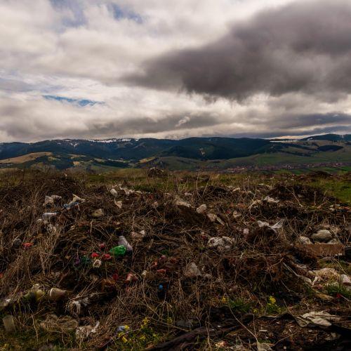 Sử dụng và tái chế rác thải túi nilon